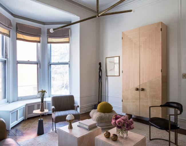 apparatus-home-gabriel-hendifar-living-room